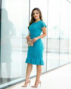 Vestido verde Modest Dresses, Tight Dresses, Pretty Dresses, Beautiful Dresses, Casual Dresses, Fashion Dresses, Short Gowns, Lace Dress With Sleeves, Western Dresses