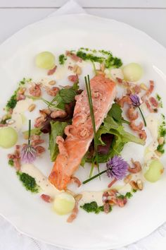 Salad with à la minute smoked salmon refined with melon and curry dressing Smoked Salmon, Tuna, Risotto, Nom Nom, Curry, Healthy Recipes, Fish, Chicken, Meat