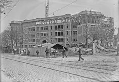 17-04-1924, piscine des Tourelles (en construction dans le 20e arrondissement pour les Jeux olympiques) | Photographie de presse : Agence Rol