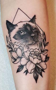 Piercings, Piercing Tattoo, Black Cat Tattoos, Animal Tattoos, Cat Tattoo Designs, Cat Flowers, Tattoo Feminina, Body Mods, Tattoo Inspiration