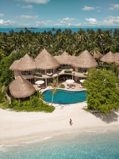 Honeymoon Places, Vacation Places, Vacation Destinations, Vacation Spots, Places To Travel, Places To Visit, Best Resorts In Maldives, Maldives Resort, Hotels And Resorts
