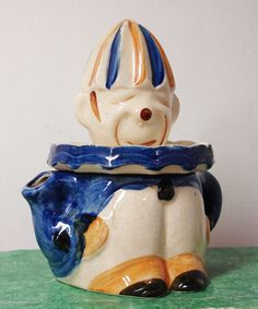Vintage 6 25 inch Whimsical Clown Juice Reamer