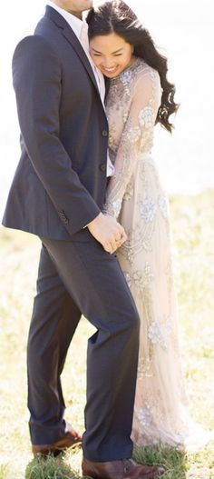 engagement photo shoot dress idea; featured photographer: Trynh Photography