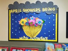 April showers bring may flowers bulletin board Toddler Bulletin Boards, Flower Bulletin Boards, Easter Bulletin Boards, Office Bulletin Boards, Bulletin Board Borders, April Bulletin Board Ideas, Preschool Crafts, Preschool Door, Preschool Boards