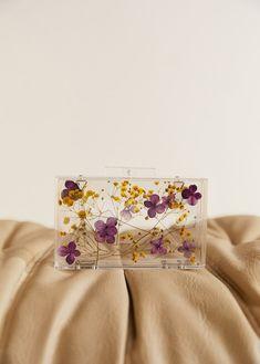 Clutch transparent cu flori