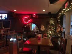 Stage set up and ready for the next set, in the Holiday spirit, Roy's Towne Pub, Courtenay, BC