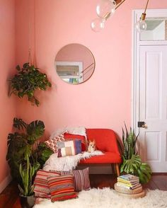 5 Dreamy Living Coral spaces you will fell in love with (Daily Dream Decor) Decor, Interior, Decor Inspiration, Home Decor, Room Inspiration, House Interior, Apartment Decor, Peach Rooms, Interior Design
