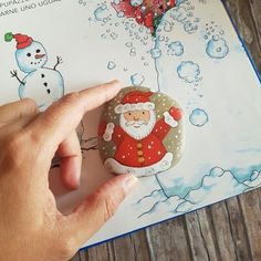 Christmas painting on stones and pebbles: 125 ideas for creativity with children Christmas Rock, Natural Christmas, Christmas Crafts, Christmas Decorations, Etsy Christmas, Rock Crafts, Diy Crafts, Stone Painting, Rock Painting