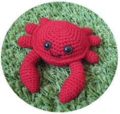 "Crab Amigurumi - Free Pattern - PDF File - Click ""Download"" here: http://www.ravelry.com/patterns/library/amigurumi-crab"