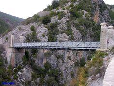 Ponts de Saint-Léger sur la Roudoule Pont suspendu