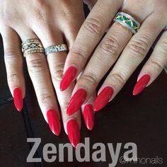 Zendaya's new nails http://instagram.com/p/trH0YDRzsz/