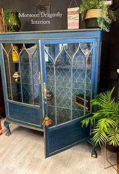 Refurbished Furniture, Paint Furniture, Repurposed Furniture, Furniture Projects, Furniture Makeover, Furniture Design, Drinks Cabinet, Furniture Restoration, Interior Design