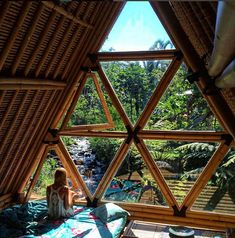 We'll bring you through some of the most unique hotels that you never thought you'll find in Bali. Read on to find Beautiful Homes, Beautiful Places, Jungle House, Unique Hotels, Earthship, House Goals, Belle Photo, My Dream Home, Future House