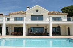Villa for Sale in The Golden Mile | Click pic for more info