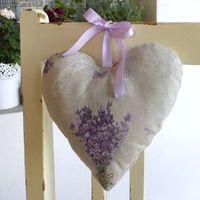 Levandule - voňavé levandulové srdce. Duftendes Lavendelherz - Coeur de lavande parfumée - Ароматное сердце лаванды - Fragrant lavender heart