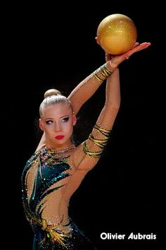 Kseniya Moustafaeva (France) got 17.516 points for ball at Qualifications, Olympic Games 2016