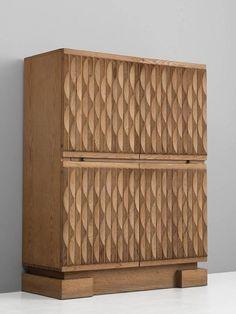 Brutalist Bar-Cabinet in Blond Oak 3