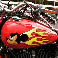 #motorcyclesofinstagram #tankart #mickeymouse #hotleathers I think I snapped this one in #laughlin    Iconosquare – Instagram webviewer