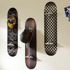 Great skateboard room decor. skate boards as hooks