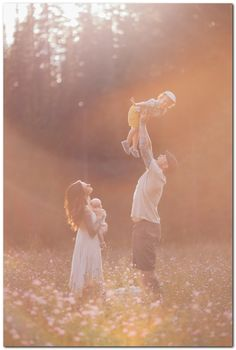 20+ Cute Family Pictures Ideas