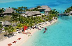 Piscina do Hotel St. Regis em Bora Bora
