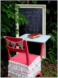 Pink & lace kids school desk