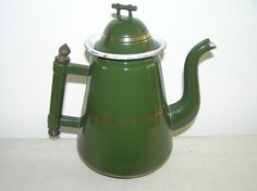 ANTIQUE FRENCH GREEN ENAMELWARE COFFEE POT.