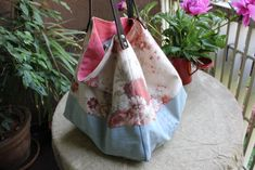 borsa di stoffa fatta con jeans riciclati e lino by Tekoa Milano. Recycled jeans.