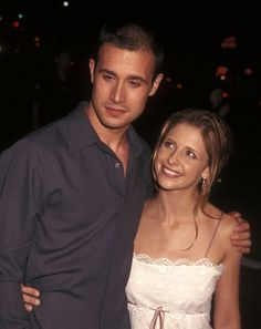And Sarah Michelle Gellar and Freddie Prinze Jr. are still going strong after 14 years of marriage. Remember when they looked like this? | 28 Celebrity Couples Who'll Make You Believe In Love Again