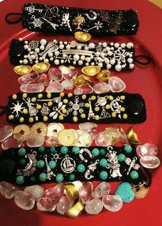 d70dafec70c Las 66 imágenes más inspiradoras de brazaletes con dijes