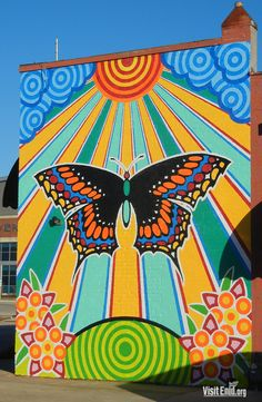 Butterfly Mural welcomes you to downtown Enid, Okla. when you enter from the south on Grand Ave. Butterfly Mural welcomes you to downtown Enid, Okla. when you enter from the south on Grand Ave. Murals Street Art, Street Art Graffiti, Graffiti Murals, Cute Canvas Paintings, Small Canvas Art, Diy Canvas Art, Kunst Inspo, Art Inspo, Trippy Painting