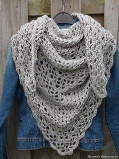 Driehoeksjaal (met link naar gratis patroon) / scarf (with link to free pattern)