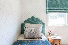 The Girl's Room - Home Tour: Caitlin Moran in Northern California - Photos