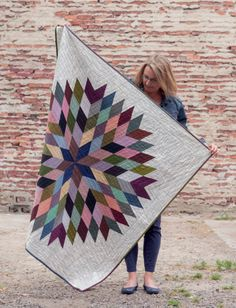 Lone Star Circle quilt by Lynne Goldsworthy