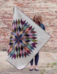 Lone Star Circle quilt by Lynne Goldsworthy