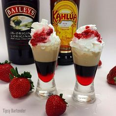 A new twist on the blowjob shot! It's the STRAWBERRY BLOWJOB SHOT with irish cream, kahlua, whipped cream and diced strawberries Cocktails, Non Alcoholic Drinks, Bar Drinks, Cocktail Drinks, Beverages, Martinis, Milkshakes, Baileys Irish Cream, Holiday Drinks