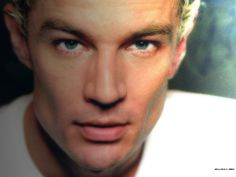 I, for one, am a sucker for well-defined cheekbones. James Marsters