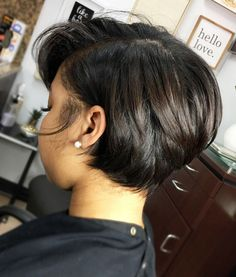 2019 Trendy Bob Hairstyles For Black Girls Trendy bob hairstyles for black girls. Bob hairstyles are cool, versatile, innovative and easy to maintain. Today you have plenty of techniques and various styles of Bob hairstyles. Short Black Haircuts, Short Wavy Bob, Black Bob Hairstyles, Cute Hairstyles For Short Hair, Short Hair Cuts, Curly Hair Styles, Natural Hair Styles, Short Shag, Weave Hairstyles