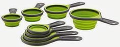 Foldable Measuring Cup Set: These measuring cup set has a space saver design, these fold just like a panel.