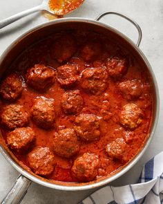 Whole30 Meatballs in Red Sauce
