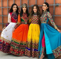 indian fashion Suits -- Click above VISIT link for more details Garba Dress, Navratri Dress, Pakistani Dresses, Indian Dresses, Indian Outfits, Afghani Clothes, Indian Clothes, Indie Mode, Afghan Dresses