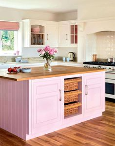 Romantic Pink Kitchen Color Scheme You Have To Know Kitchen Decoration pink kitchen decor Kitchen Colour Schemes, Kitchen Paint Colors, Bright Kitchen Colors, Color Schemes, Pink Kitchen Decor, Pink Kitchen Cabinets, White Cabinets, Painted Kitchen Island, Mint Green Kitchen