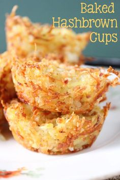 Brunch Ideas Discover Baked Hash Brown Cups - Everyday Made Fresh Cheesy and crispy hash browns baked to a golden brown are perfect for your next breakfast! These Baked Hash Brown Cups will go with anything you have prepared. Chicken Thights Recipes, Chicken Parmesan Recipes, Easy Chicken Recipes, Chicken Dips, Breakfast Desayunos, Breakfast Dishes, Breakfast Casserole, Breakfast Hash Browns, Breakfast Finger Foods