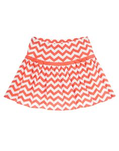 She's stylish and bright in our knit skort. Cheerful chevrons circle a soft and twirly skirt with solid trim and bows at the hip. Comfy cotton bike shorts keep her ready for play.