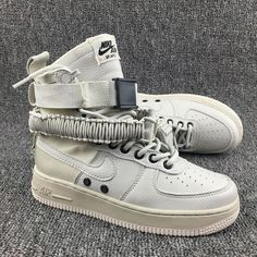 pretty nice 43047 3564c Nike Special Forces Air Force 1 High Boots Femme Homme Beige Doré Pas Cher