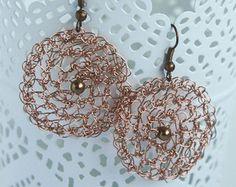 Filo uncinetto orecchini, gioielli all'uncinetto, orecchini in pizzo, orecchini rotondi di rame, Wire Wrap, Jewelry Wire, donne gioielli idee regalo, rame