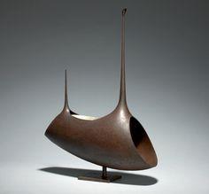 Ochi Kenzo (1929-1981) An uchidashi (hammered) iron flower vessel of abstract…