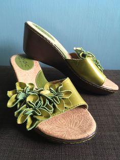 9e35c3bb7e9 BOC BORN Womens Green Leather Floral Strap Wedge Heel Slides Sandal Shoe 6