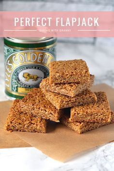 Flapjack Recipe - Baking with Granny. The perfect chewy flapjack, made with Scottish oats and golden syrup.Flapjack Recipe - Baking with Granny. The perfect chewy flapjack, made with Scottish oats and golden syrup. Tray Bake Recipes, Cookie Recipes, Dessert Recipes, Desserts, Shortbread Recipes, Scottish Recipes, Scottish Oat Cakes, British Recipes, Biscuit Recipe