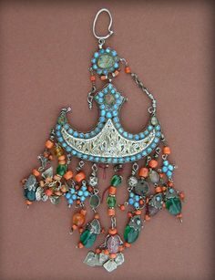 """Antique silver gilt temple hanging or pendent from Bukhara in Uzbekistan.   Late 19th, early 20th century.   See more on this jewellery in """" Uzbekistan """" by Johannes Kalter and Margarita Pavaloi, p. 286    220$"""